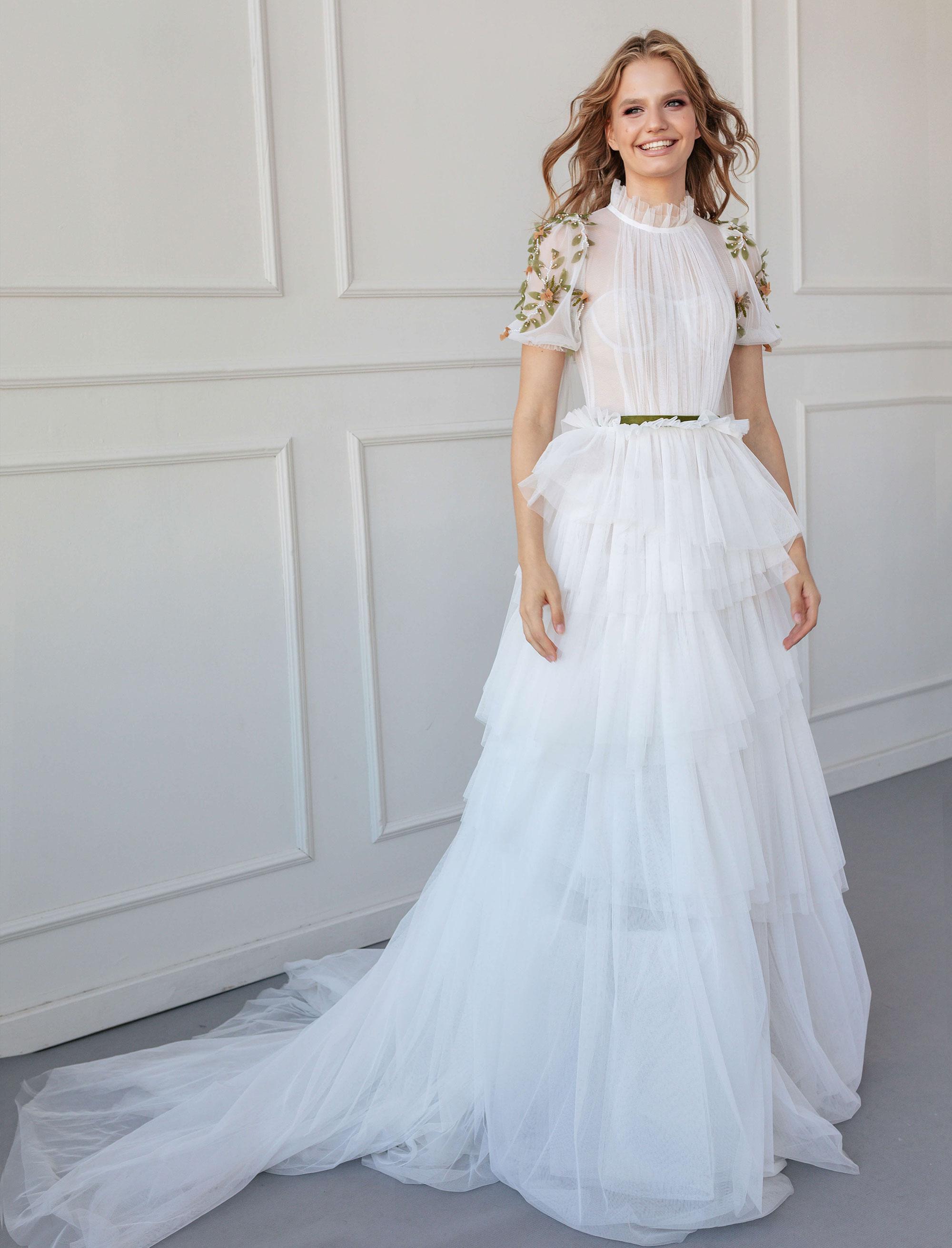 raraavis-gven-santasalonas-vestuvine-suknele