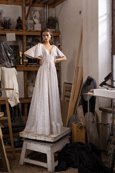 Sandel vestuvinė suknelė