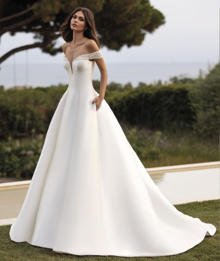 Rea wedding dress