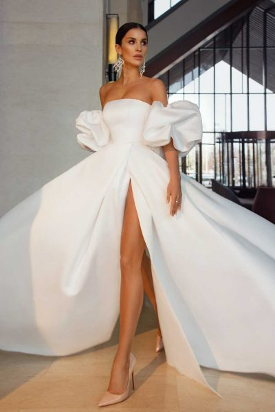 Vino wedding dress